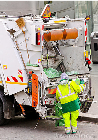 Garbage truck © dreamstime.com